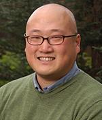 UC Merced professor Arnold Kim